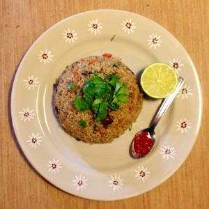 Quinoa façon riz frit aux légumes et tofu croustillant